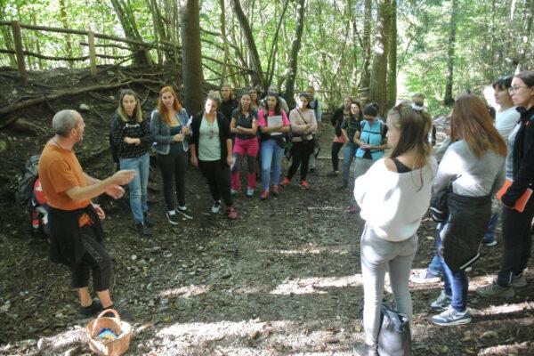 Kolleg im Waldkindergarten I Foto: Brigitte Webhofer I KBAfEP 2021